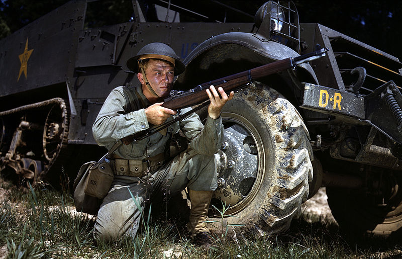U.S. Soldier with M1 Garand from 1942