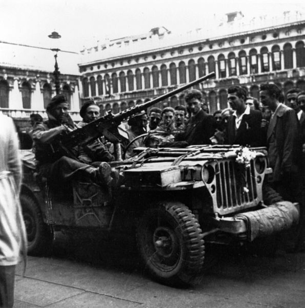 PPA soldiers in a jeep